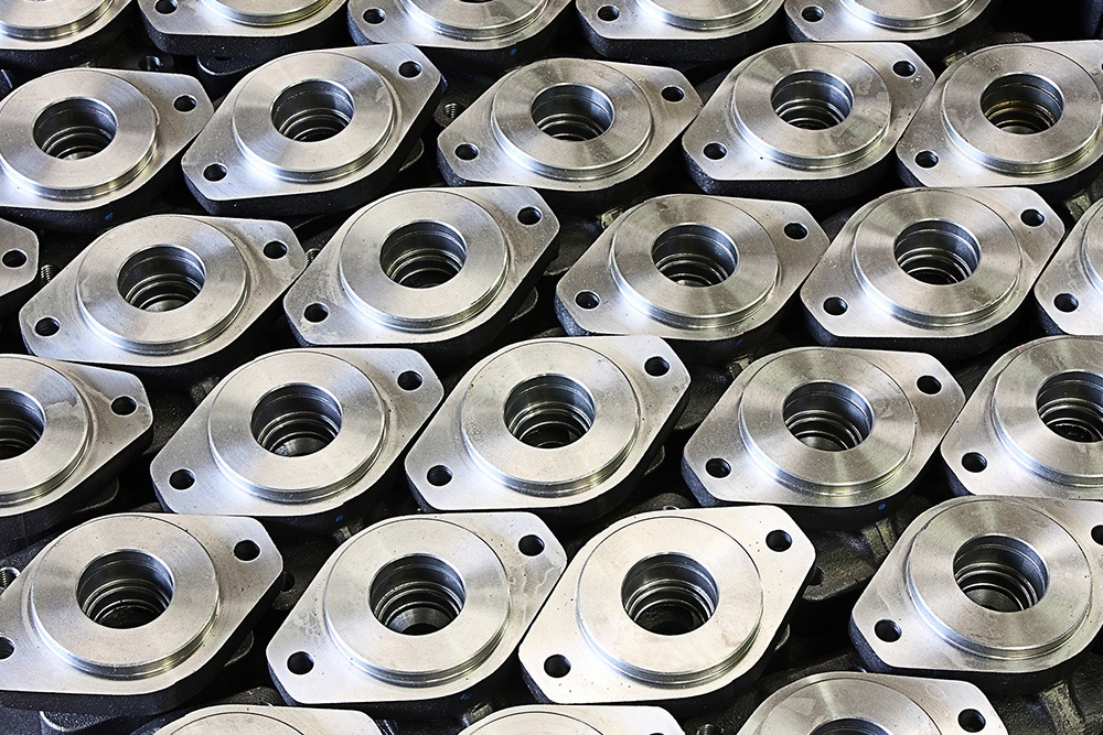 Fully machined components in stainless steel, carbon steel and high nickel alloy materials